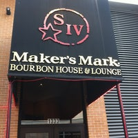 Photo taken at Maker's Mark Bourbon House & Lounge by Varian D. on 2/28/2012