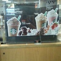 Photo taken at Starbucks by Eiks L. on 5/25/2012