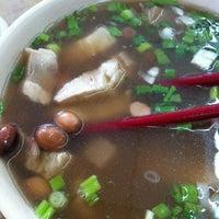 Photo taken at Restoran Weng Soon Jaya by Sebastian S. on 12/4/2012