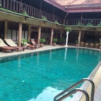 Photo taken at Ruean Thai Hotel Sukhothai by Machiel V. on 7/15/2015
