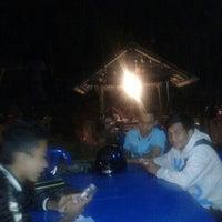 Photo taken at Dusun Bay Restaurant & Cafe by Ikhmal H. on 8/30/2014