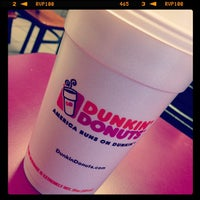 Photo taken at Dunkin' Donuts by Heyits R. on 5/18/2013