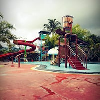 Photo taken at Splash Waterpark by Gloria C. on 5/31/2013