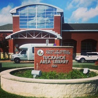 Photo taken at Tuckahoe Library by Michael H. on 10/16/2014