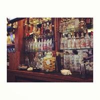 Das Foto wurde bei Coolidge Corner Clubhouse von Jongsak M. am 6/27/2013 aufgenommen