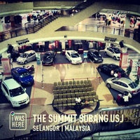 Photo taken at The Summit Subang USJ by Kochadaiiyaan on 4/12/2013