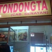 Photo taken at Lapo ni tondongta by Angel P. on 10/4/2013