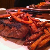 Photo taken at Outback Steakhouse by Kellie R. on 1/20/2013