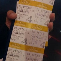 Photo taken at Grand Cineplex by Ziehaa on 11/16/2016
