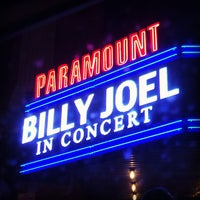 Photo taken at The Paramount by Orlando S. on 10/17/2013