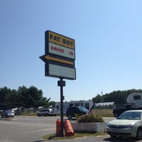 Photo taken at Fat Boy Drive-In by Sarah M. on 8/28/2013