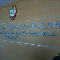 Photo taken at Pascasarjana Universitas Katolik Widya Mandala by Satria Andy K. on 10/13/2012