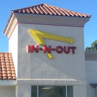 Photo taken at In-N-Out Burger by Sumaya on 12/20/2012
