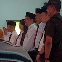 Photo taken at SMP Negeri 1 Malang by araisa s. on 5/23/2013
