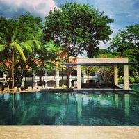 Photo taken at Fairways & Bluewater Resort Boracay by Estan l. on 4/27/2013