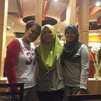 Photo taken at Pizza Hut by Amalina A. on 11/26/2015