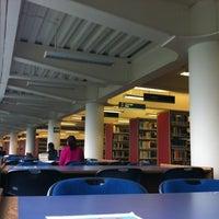 Photo taken at Biblioteca USBI by Roman C. on 10/24/2012