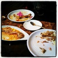 Photo taken at Restoran D'KL by Enchektola on 1/26/2013