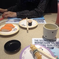 Photo taken at Sushi King by Alyn on 7/23/2016