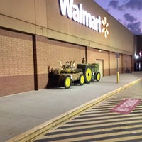Photo taken at Walmart Supercenter by Jimmy C. on 10/6/2013