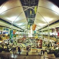 Photo taken at Parque D. Pedro Shopping by Thomaz C. on 11/18/2012