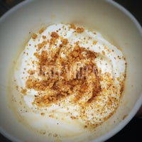 Photo taken at Starbucks by Tam D. on 12/23/2014
