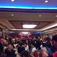 Photo taken at Jing Fong Restaurant 金豐大酒樓 by Leonor W. on 12/16/2012