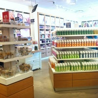 Photo taken at Bath & Body Works Outlet by MISSGO2GIRL on 5/30/2013