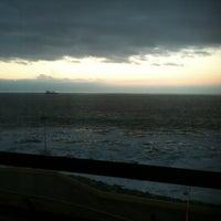 Photo taken at Holiday Inn Express by Eduardo M. on 11/6/2012