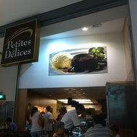 Photo taken at Petites Délices by Isabela M. on 12/9/2012
