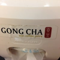 Photo taken at 貢茶 Gong Cha by Jonnon J. on 4/25/2013