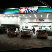 Photo taken at Droga Raia by Adriano T. on 10/14/2012