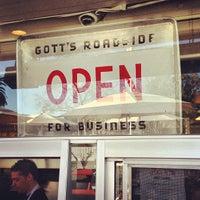 Photo taken at Gott's Roadside by Joe C. on 2/11/2013