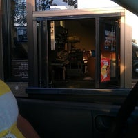Photo taken at Taco Bell by Darrell G. on 5/22/2014