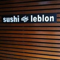 Photo taken at Sushi Leblon by Luiz C. on 2/21/2012