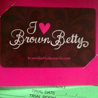 Photo taken at Brown Betty Petite by Donna H. on 10/13/2011
