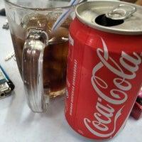 Photo taken at Restoran Mamak Mastiara by effit harun on 7/27/2012