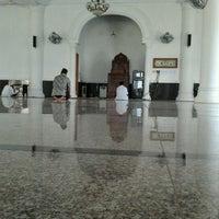 Photo taken at Masjid Ash-Shadaqah by Andrian K. on 8/19/2012