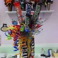 Photo taken at Sugar Shack Candy Bouquet by Melanie B. on 7/22/2011