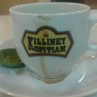 Photo taken at Killiney Kopitiam by Temmy C. on 3/27/2012