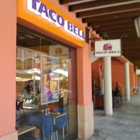 Photo taken at Taco Bell (C.C. Plaza Mayor) by Augus B. on 1/24/2012