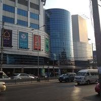 Photo taken at Pantip Plaza Ngamwongwan by อ้วน แ. on 3/20/2012