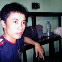 Photo taken at Lesehan IPPY by Hengki H. on 3/7/2011