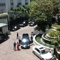 Photo taken at The Peninsula Beverly Hills by Dan-i-er on 6/20/2012