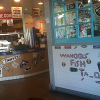 Photo taken at Wahoo's Fish Taco by Terri H. on 7/15/2011