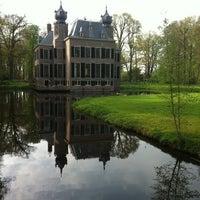 Photo taken at Kasteel Oud Poelgeest by Petrut G. N. on 4/29/2012
