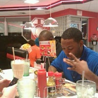 Photo taken at Steak 'n Shake by Maegin M. on 9/20/2011