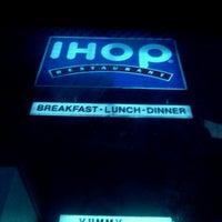 Photo taken at IHOP by Evette J. on 11/24/2011