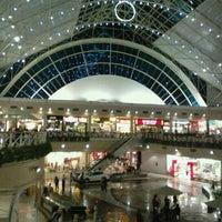 Foto tirada no(a) Shopping Center Iguatemi por Davi L. em 9/12/2011