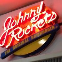 Foto tomada en Johnny Rockets por rodrigo s. el 7/6/2012